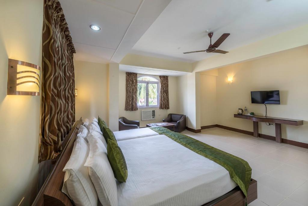 Hotel Treebo Green Park Mapusa India Booking Com