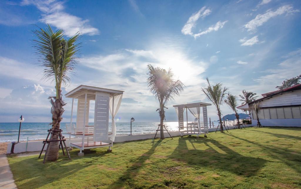 Saint Tropez Beach Resort Hotel Chao Lao Beach Thailand Bookingcom