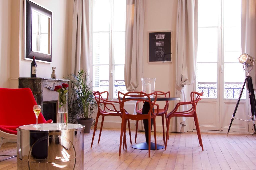 Appartements cath drale ybh france bordeaux for Appartement cathedrale ybh bordeaux