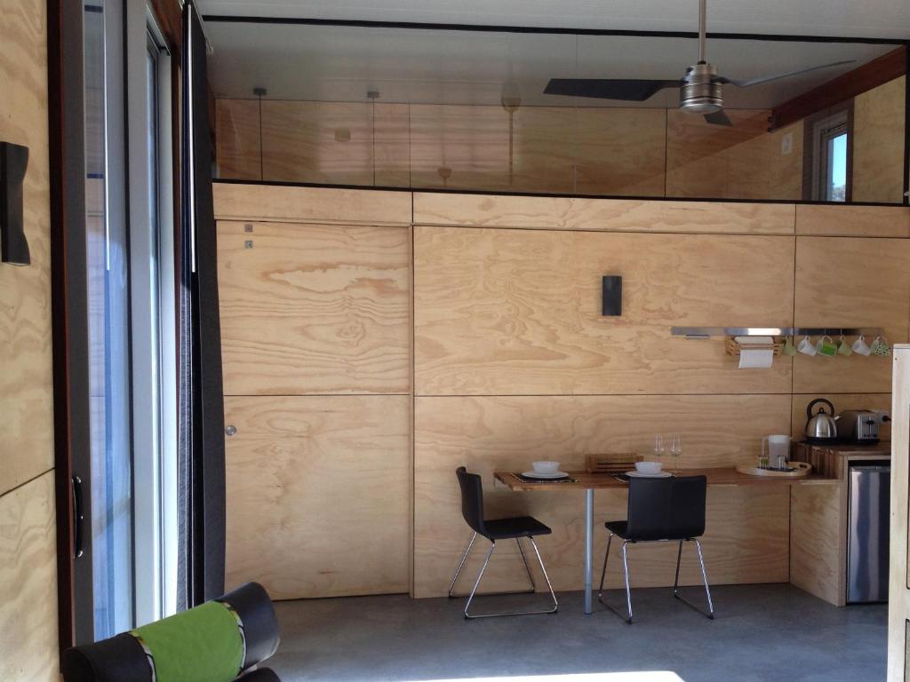 Bed Bauhaus Guesthouse Yallingup Australia Deals