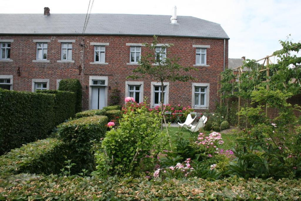 B B La Chambre D A Cote Aische En Refail Belgium Booking Com