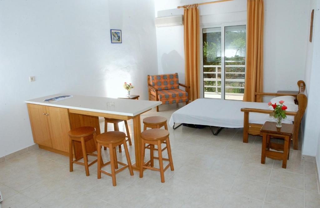 Комната в остров Тилос дешево