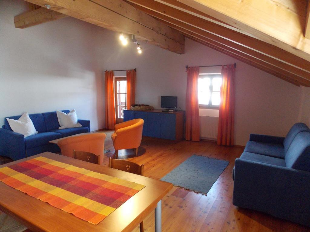Villa Santer (Italia Dobbiaco) - Booking.com