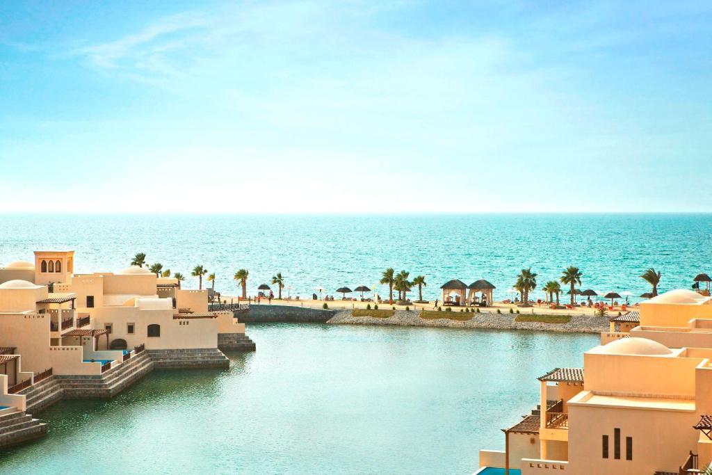 The Cove Rotana Resort - Ras Al Khaimah!