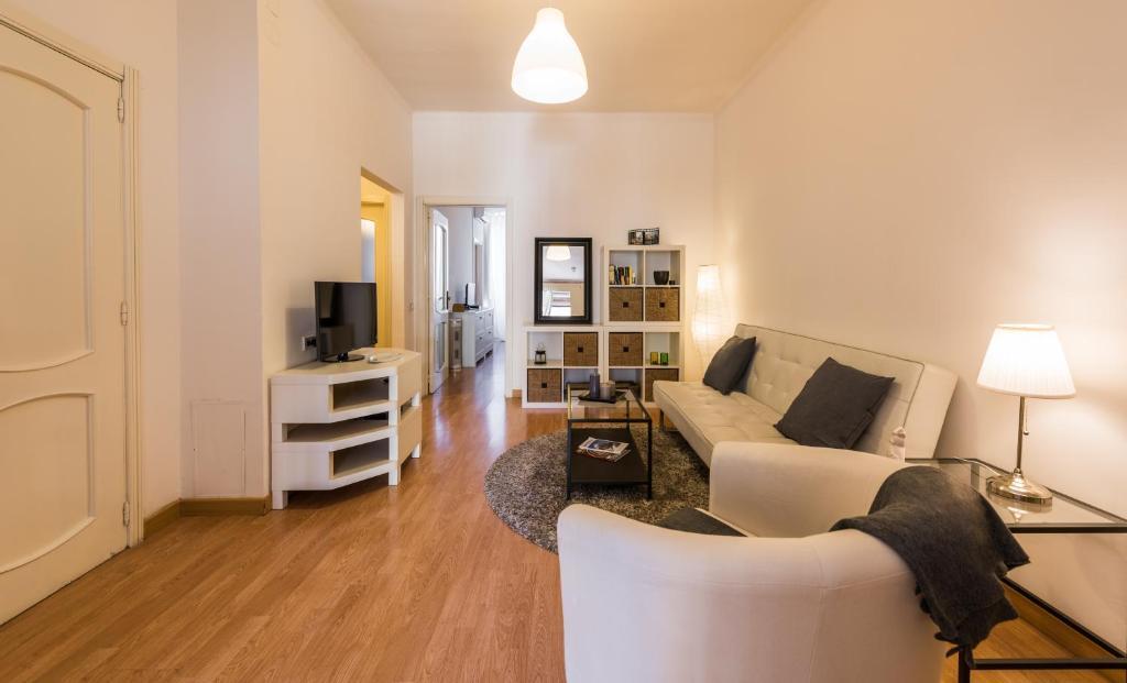 Apartment Attico Melo Bari Italy Bookingcom - Clean the bathroom in spanish