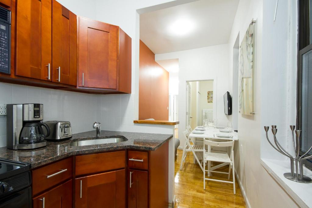 2 bedroom hotel in new york city. gallery image of this property 2 bedroom hotel in new york city