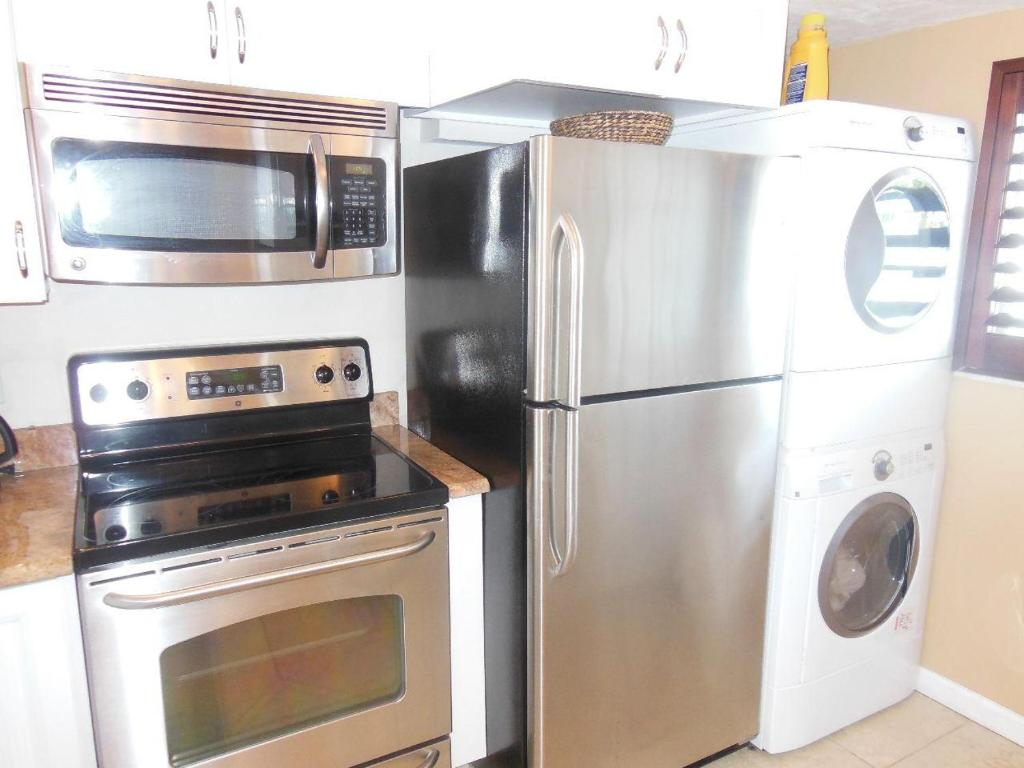 Uncategorized Myers Kitchen Appliances castle beach 406 apartment fort myers fl booking com see all 28 photos