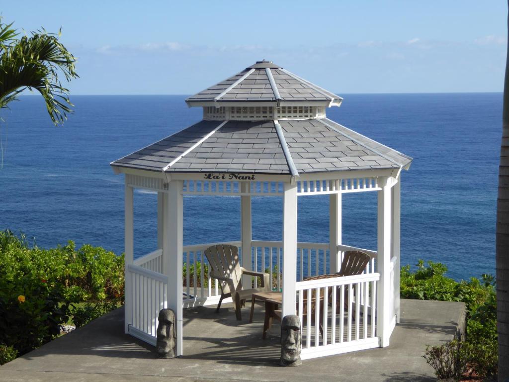 Hotel Lai Nani Oceanfront Estate, North Hilo, USA - Booking.com