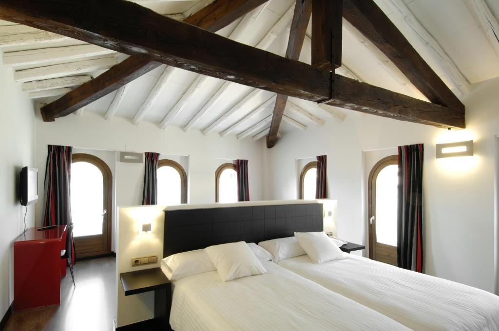 boutique hotels in aragon  122