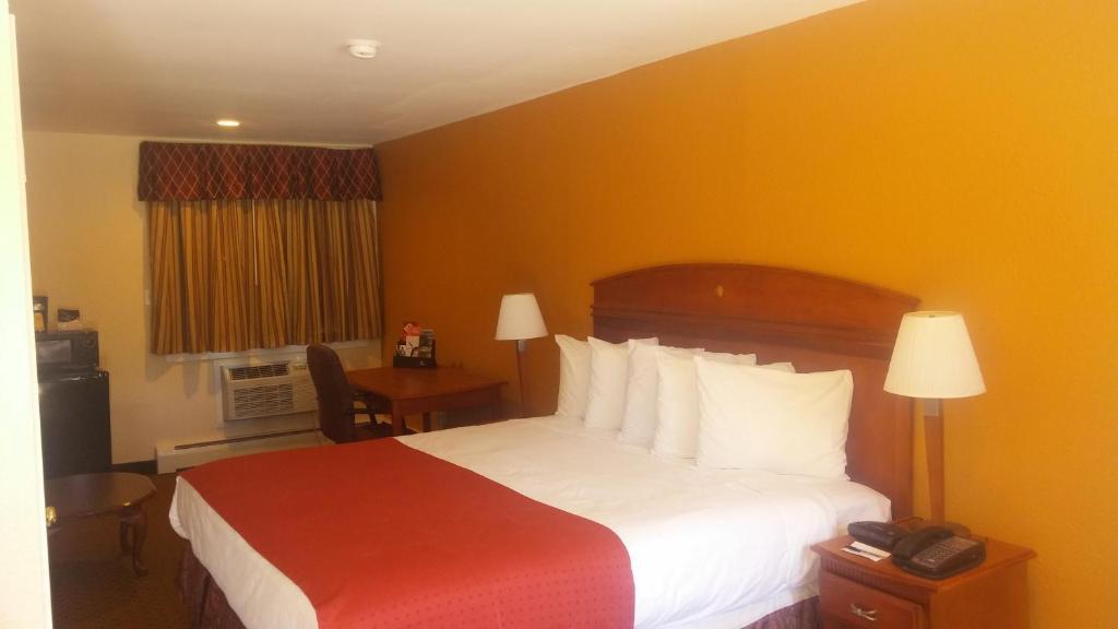 anchorage inn rochester nh booking com rh booking com