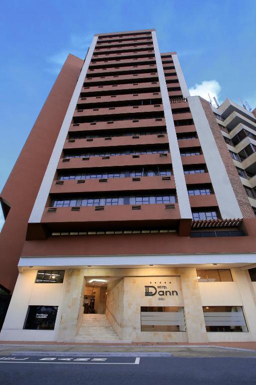 ホテル ダン カリ(Hotel Dann Cali)