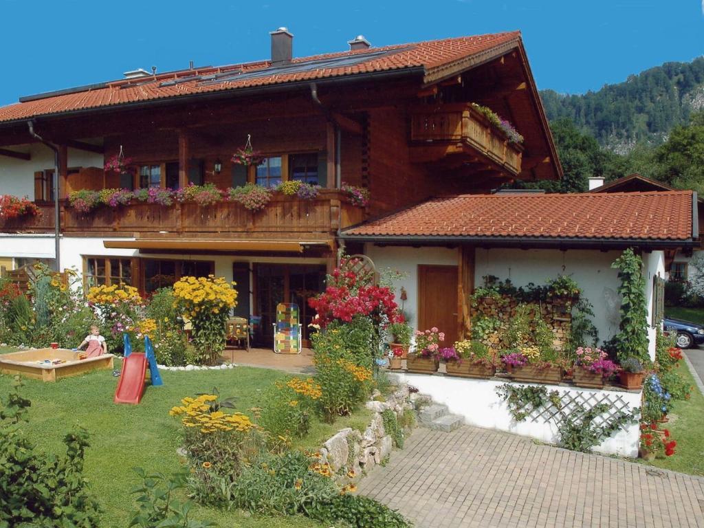 Ferienwohnung ferienwohnung kaiserfeld deutschland reit for Ferienwohnung hamburg