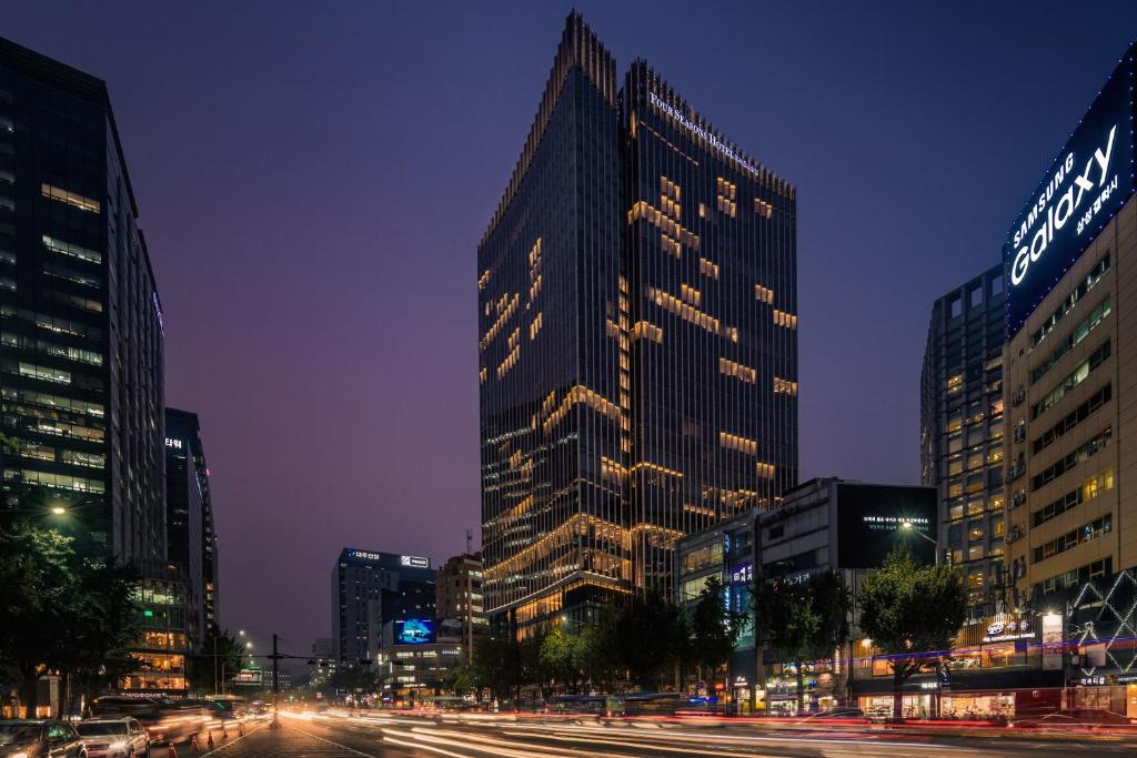 four seasons hotel seoul south korea booking com rh booking com