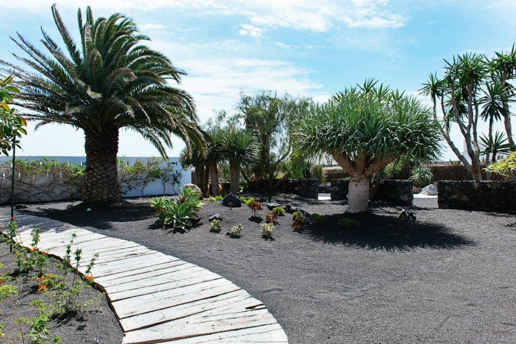 boutique hotels in san bartolomé  17
