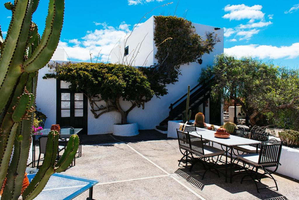 boutique hotels in san bartolomé  2