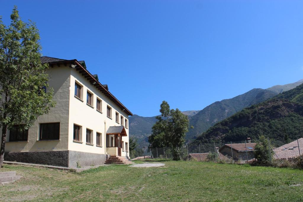 Casa de col nies vall de bo verge blanca llesp precios actualizados 2019 - Casa rural vall de boi ...