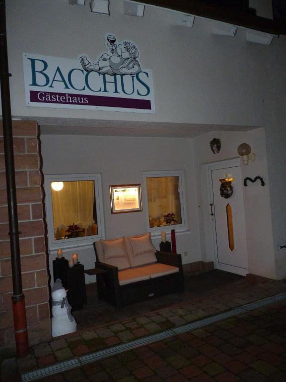 Guesthouse Gästehaus Bacchus, Wachenheim an der Weinstraße, Germany ...