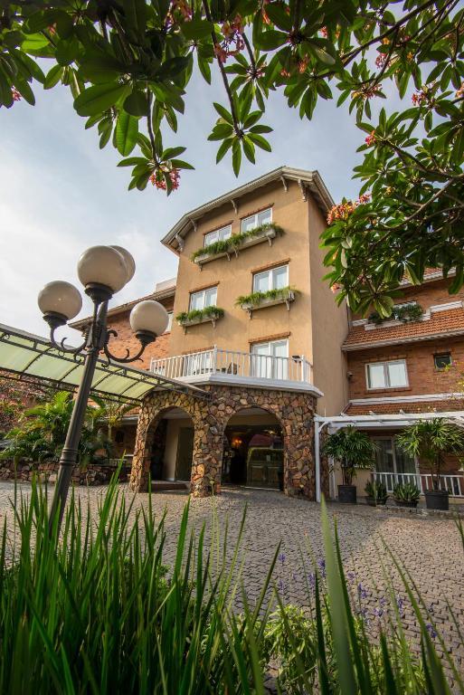 ホテル ヴィラ モラ スイーツ(Hotel Villa Morra Suites)