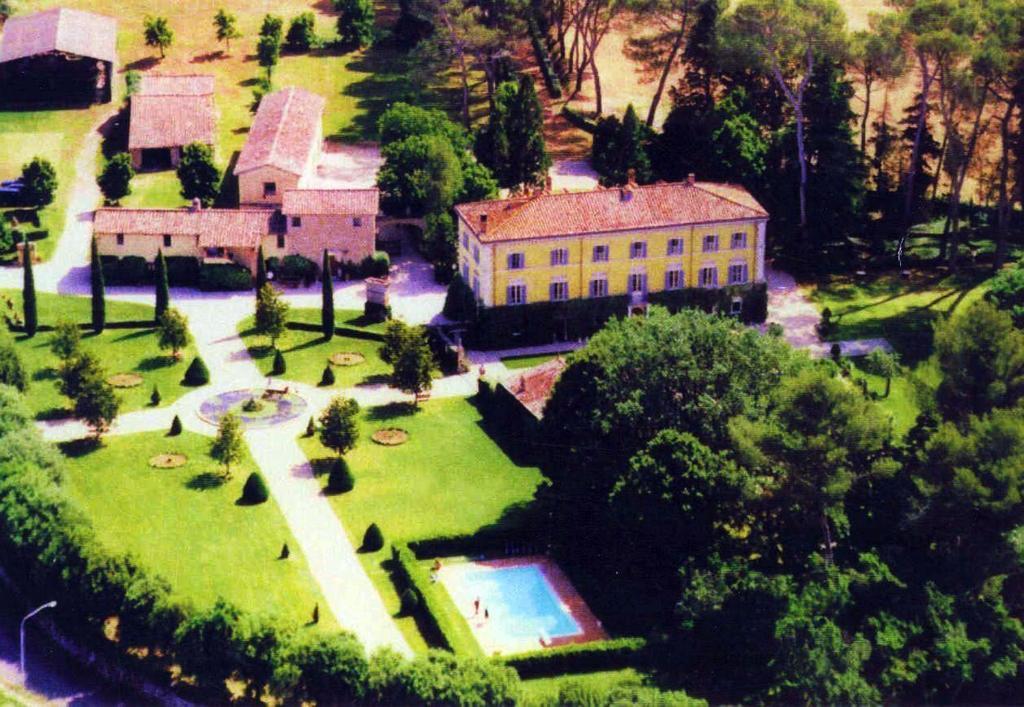 A bird's-eye view of Palazzo Di Bagnaia