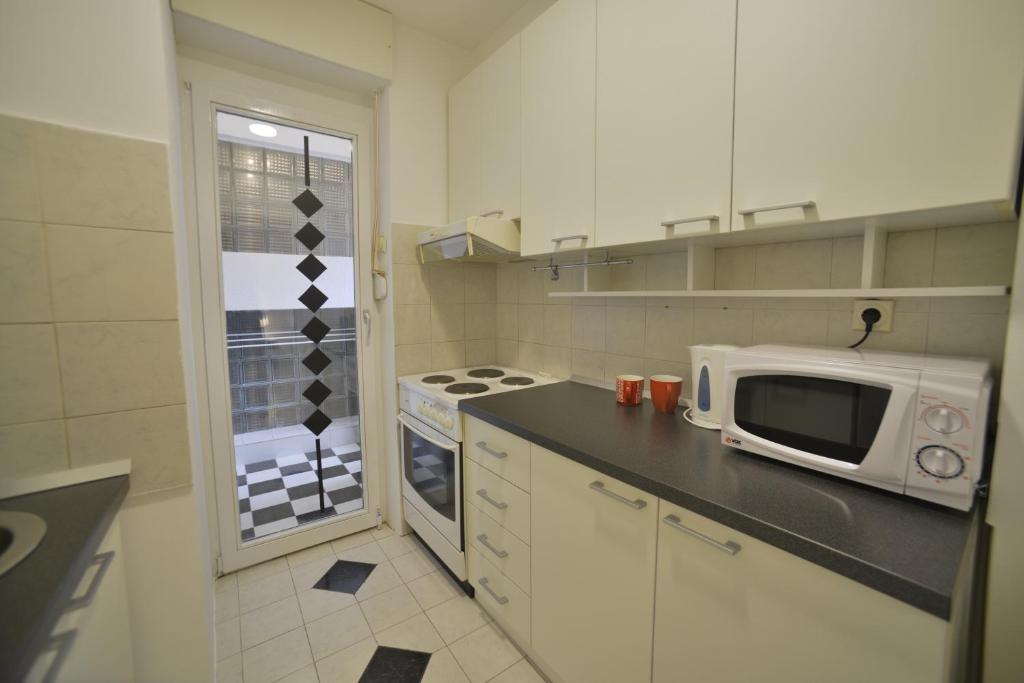 Gaga Apartments