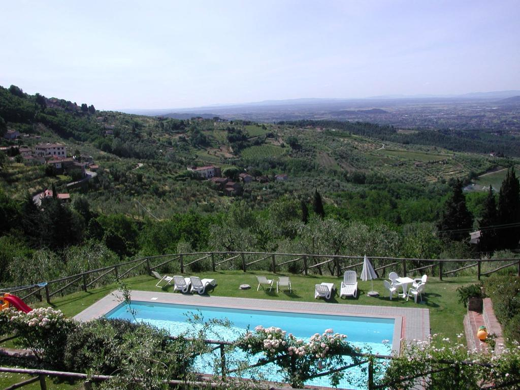 A view of the pool at LuccaHolidays or nearby
