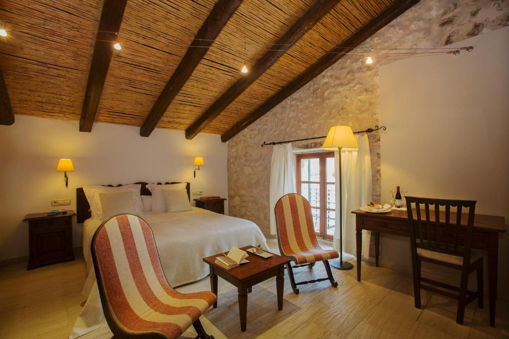 boutique hotels in campanet  13