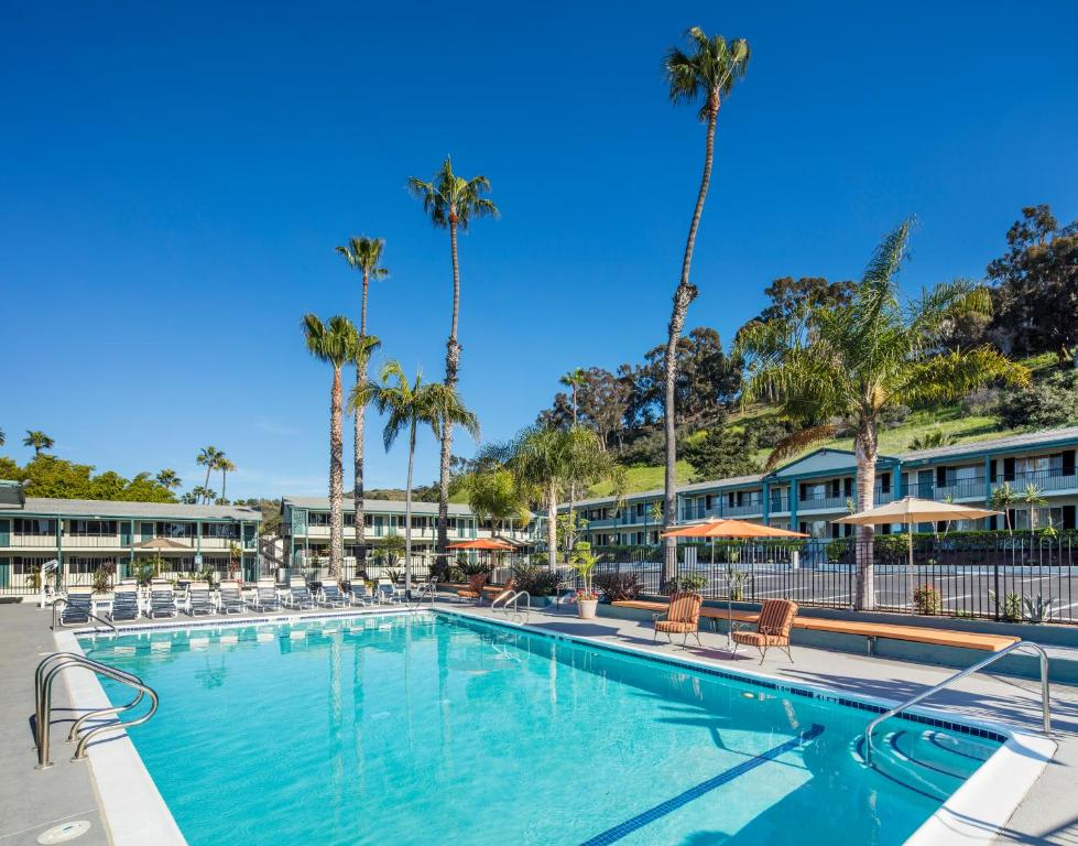 The atwood hotel san diego ca for Hotels 92109
