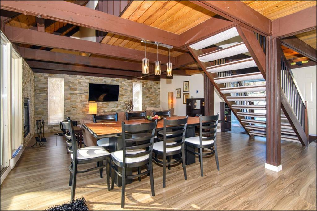 Chalet Mont Ste Anne Beaupr 233 Updated 2019 Prices