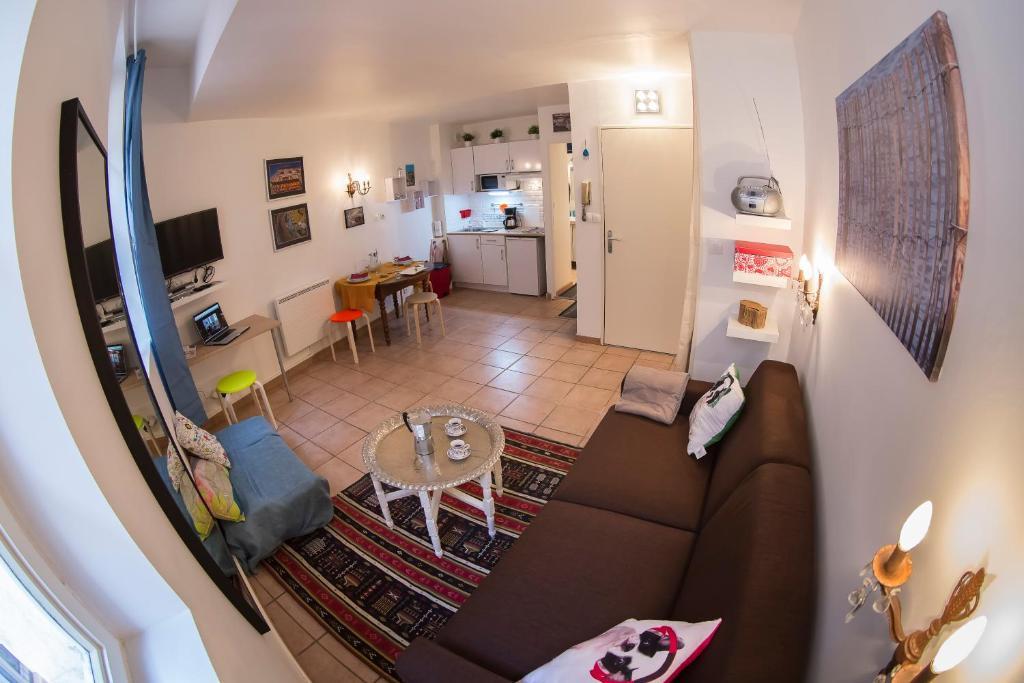apartement la casa du panier marseille sealhulgas fotod. Black Bedroom Furniture Sets. Home Design Ideas