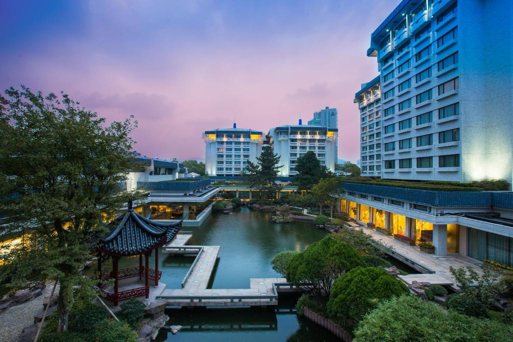 ザ ドラゴン ホテル ハンゾウ / 杭州黄龍飯店(The Dragon Hotel Hangzhou)