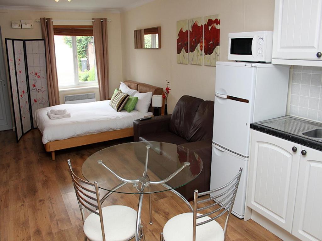 Newbury studio apartment uk - Best furniture for a studio apartment ...