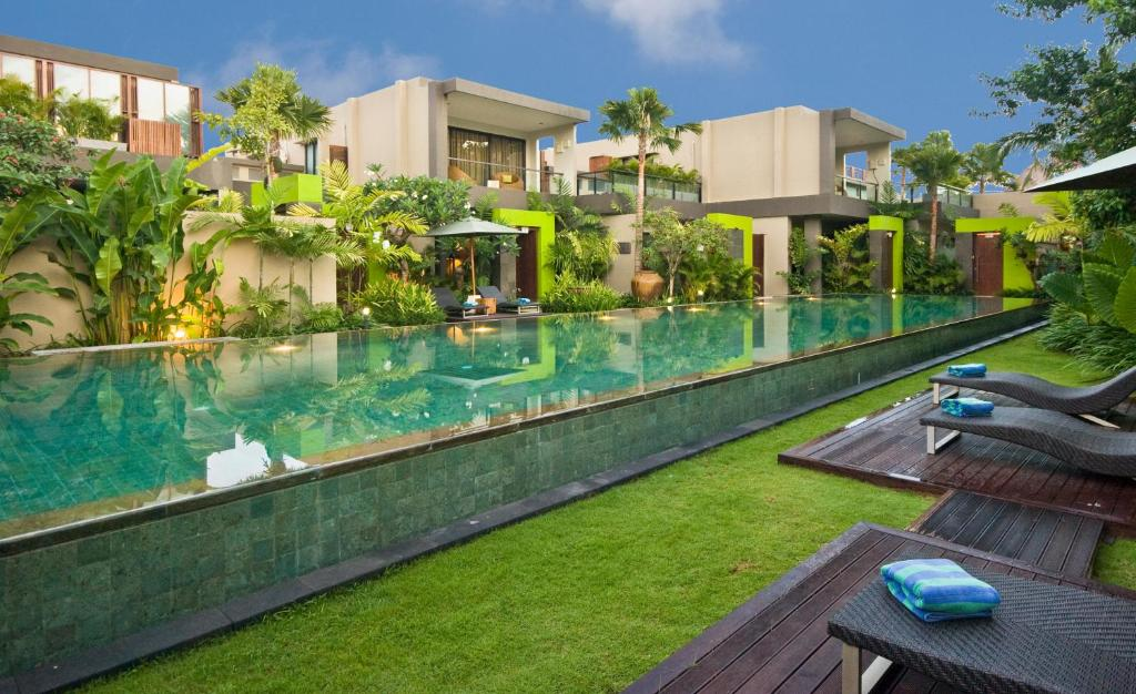 The swimming pool at or near Cicada Luxury Townhouses