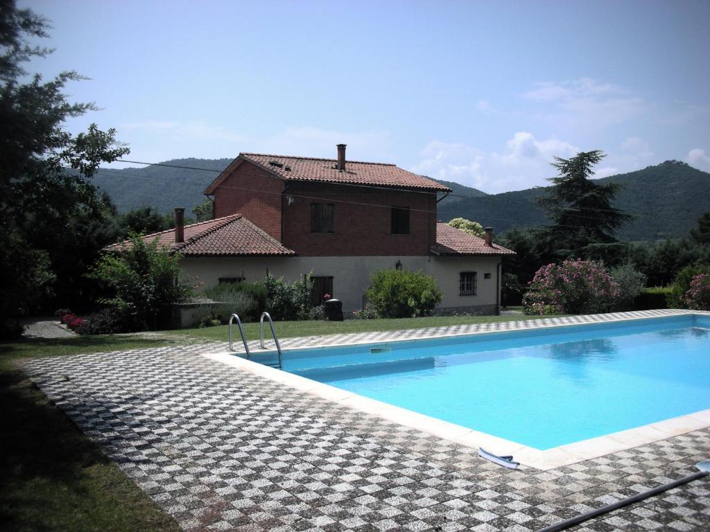 Villa nonno cortona italie cortone for Reservation hotel italie