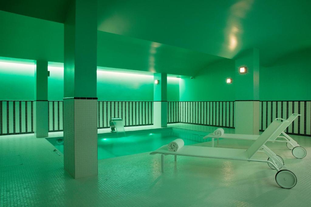 hôtel saint-marc, paris, france - booking