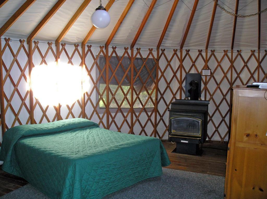 Yosemite Lakes River Yurt 24 Harden Flat USA Rooms