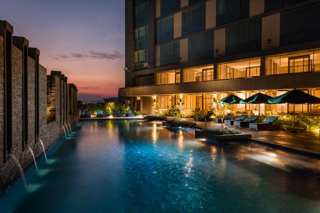 Conrad pune luxury by hilton pune updated 2018 prices for Luxury accommodation