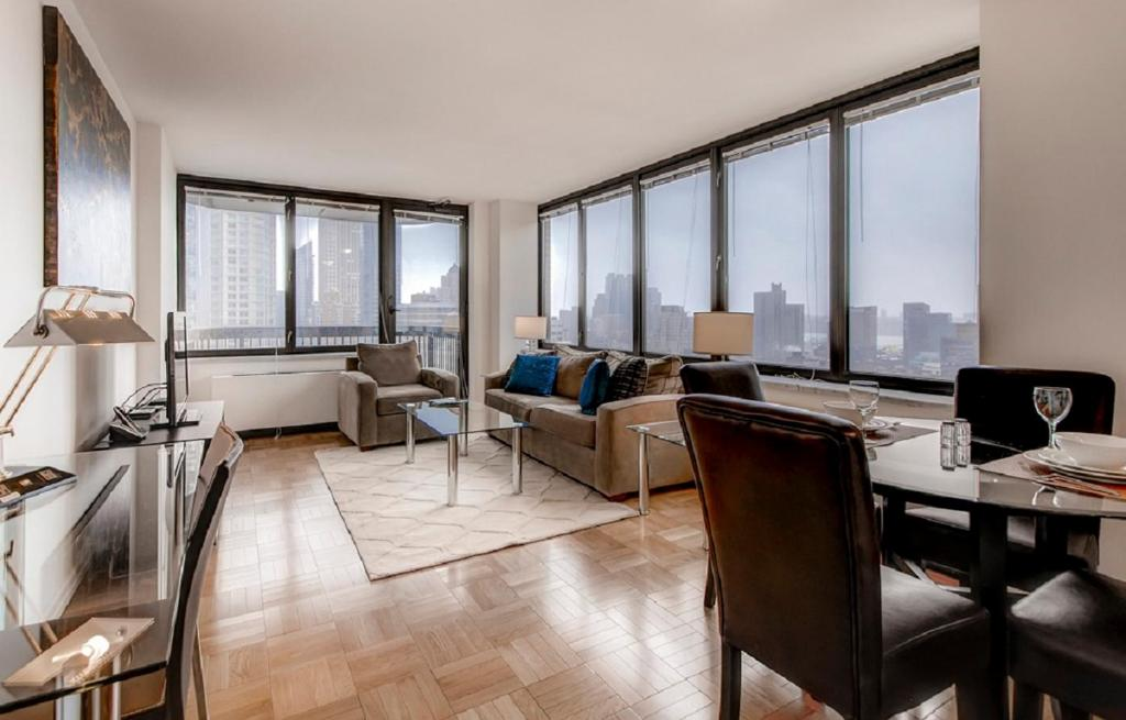 apartment luxury suites at symphony house new york city ny