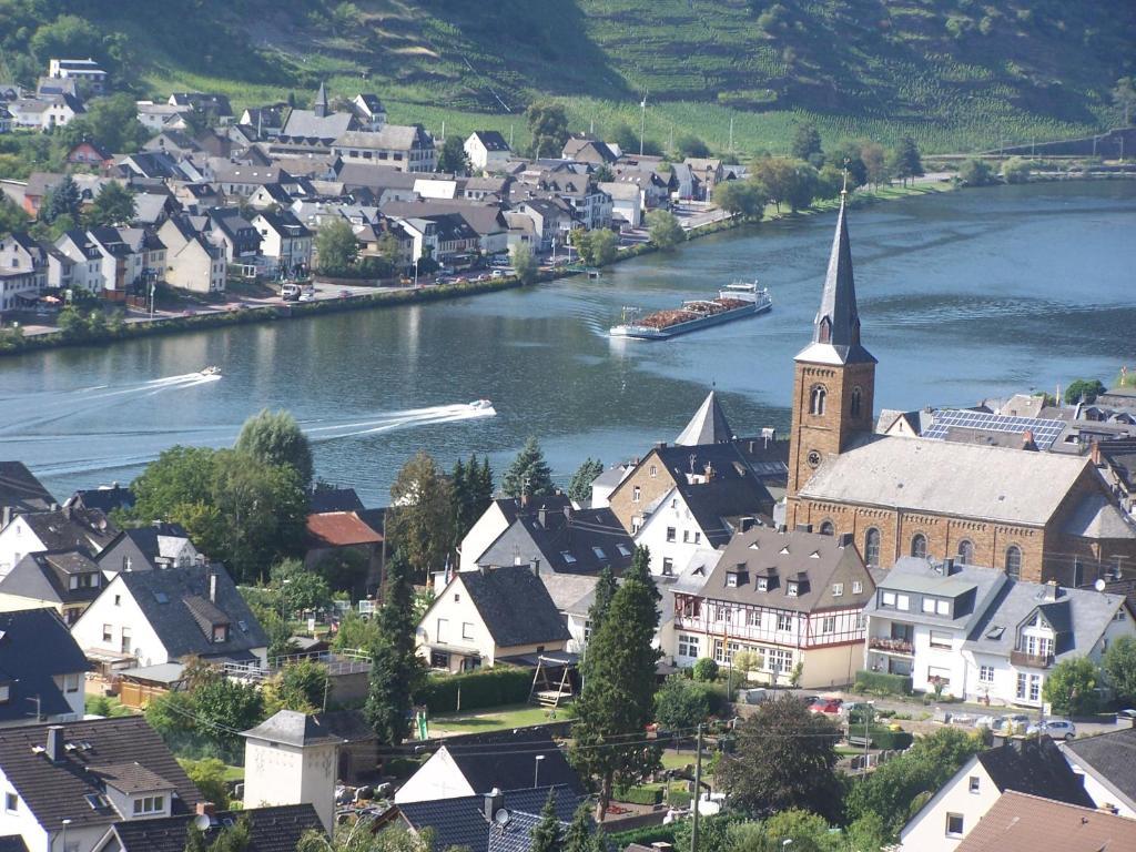 Ferienwohnungen Alken Germany Booking Com