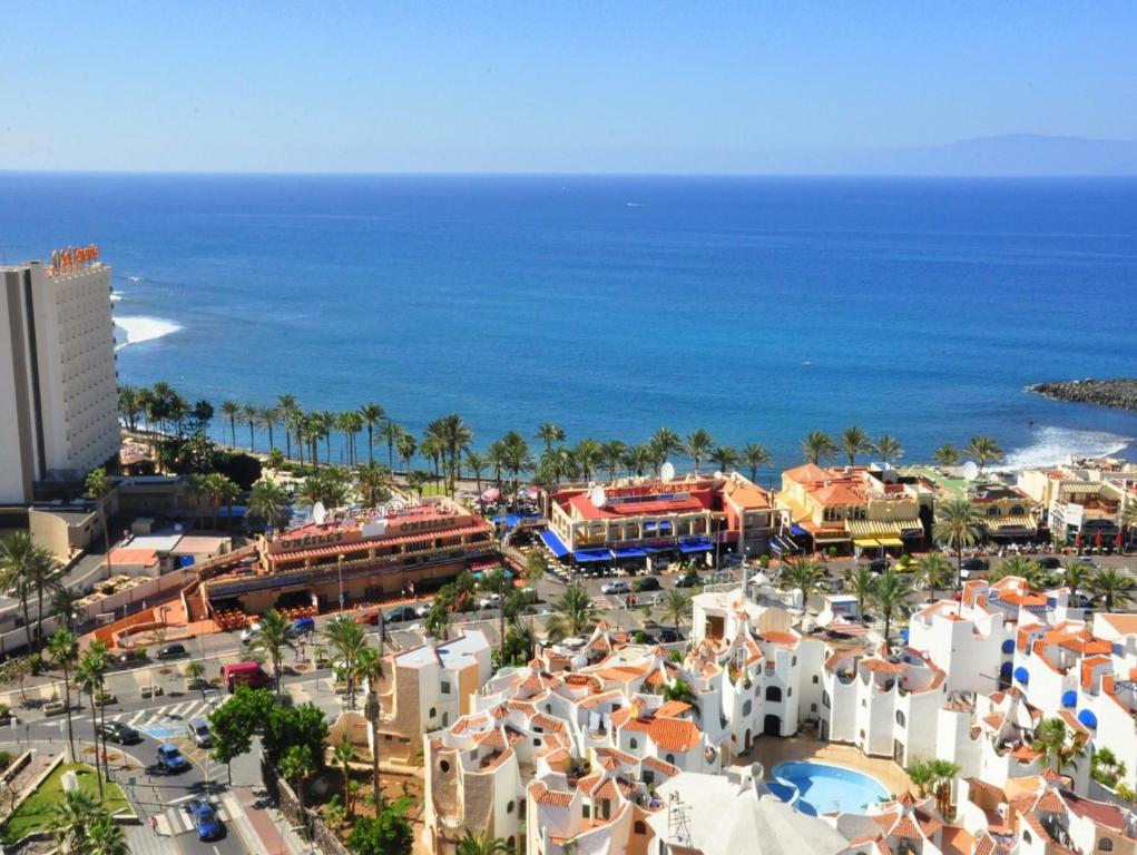 Appartement torres yomeli espagne playa de las americas for Reservation appart hotel espagne