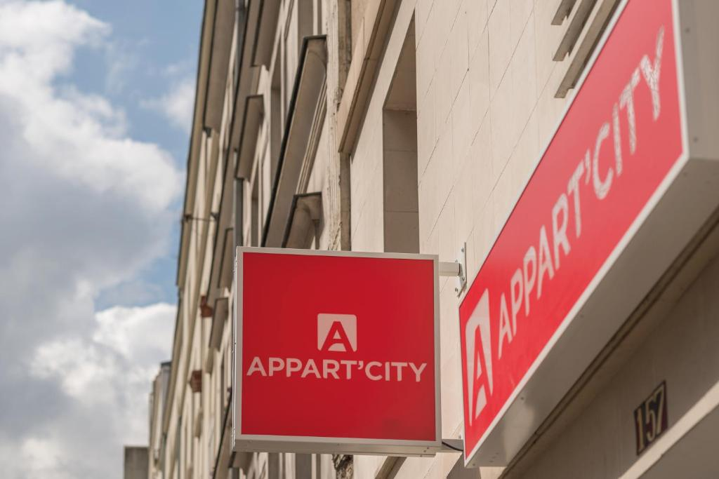 Condo hotel appartcity paris villette france for Appart city prix