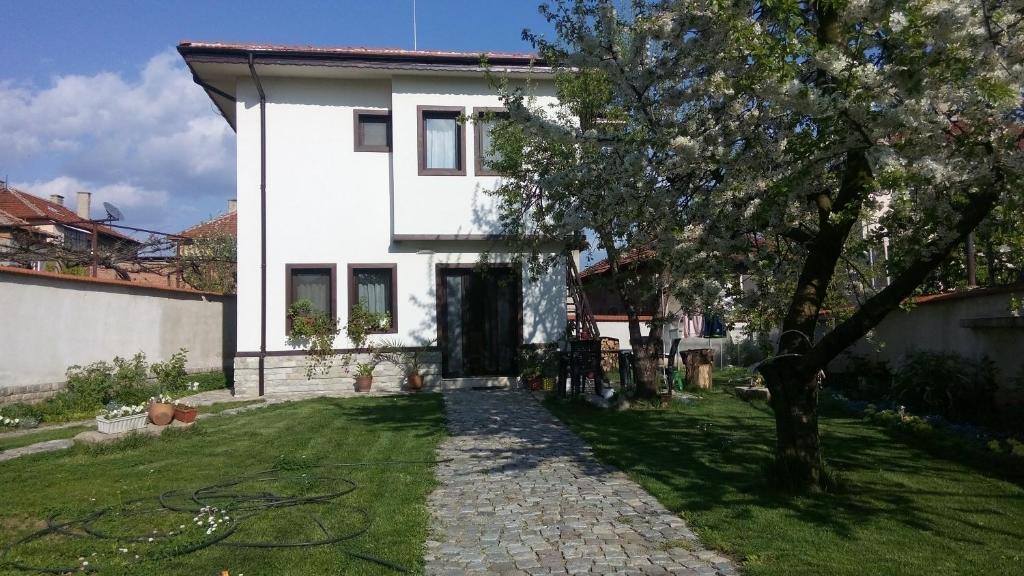 Къща за гости Бобекова - Панагюрище