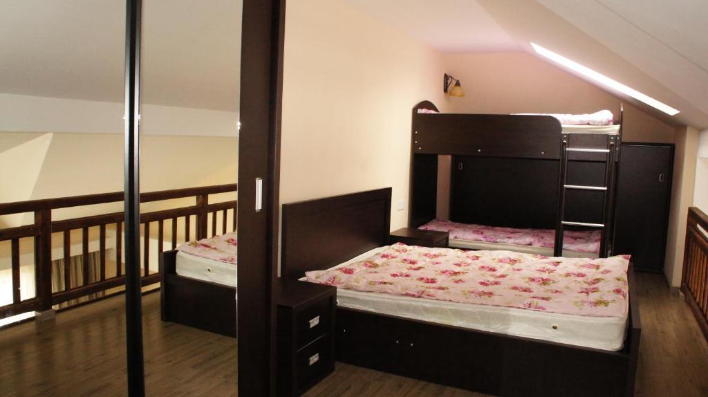 Mariam Crystalville Apartment
