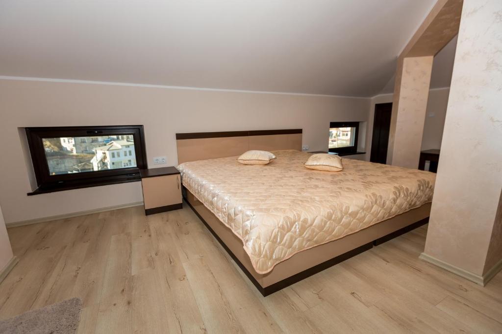 Хотел Кристал - Доспат