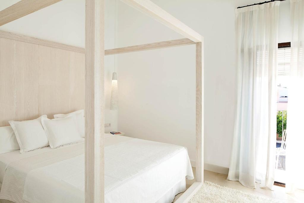 boutique hotels in sant francesc xavier  13