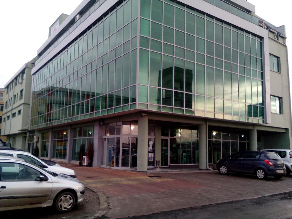 Office Center and Showroom