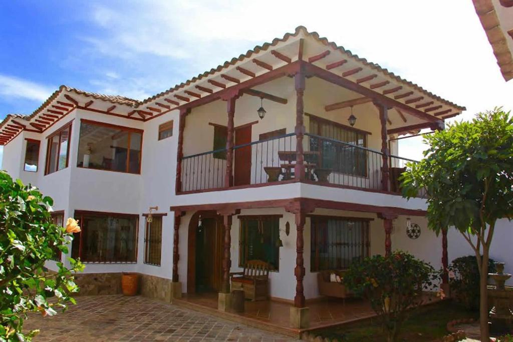 Casa o chalet casa aranjuez colombia villa de leyva for Booking casas