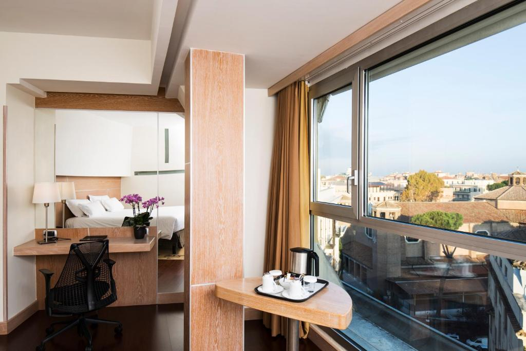 gallery image of this property - Hilton Garden Inn Rome Claridge