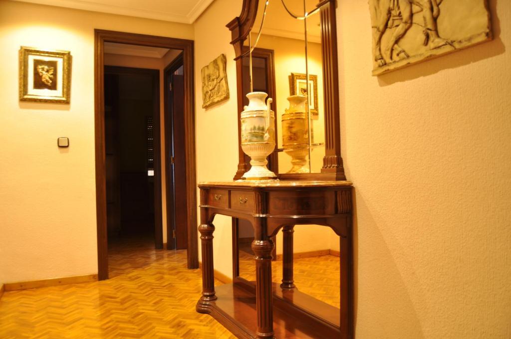 Apartamentos Kasa25 Diputación imagen