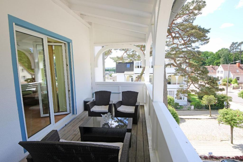 apartment haus holstein ferienwohnung 15 ostseebad. Black Bedroom Furniture Sets. Home Design Ideas