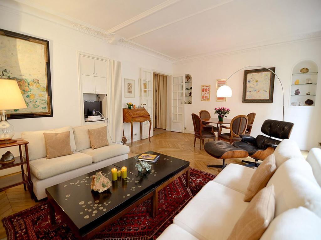 Apartment eiffel tower paris including reviews for Apartment reviews
